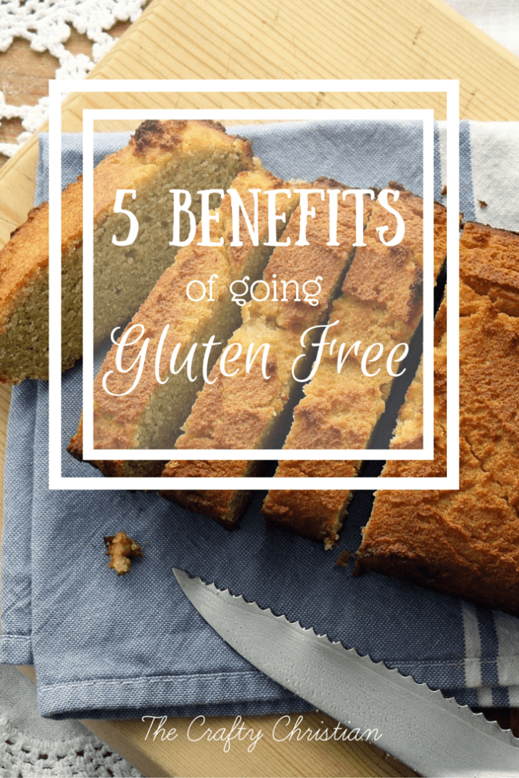 It's estimated that 1/3 of the US is giving up gluten, but why? What are the benefits from removing gluten from your diet? I've comprised a list of 6 benefits of going gluten free, check it out!