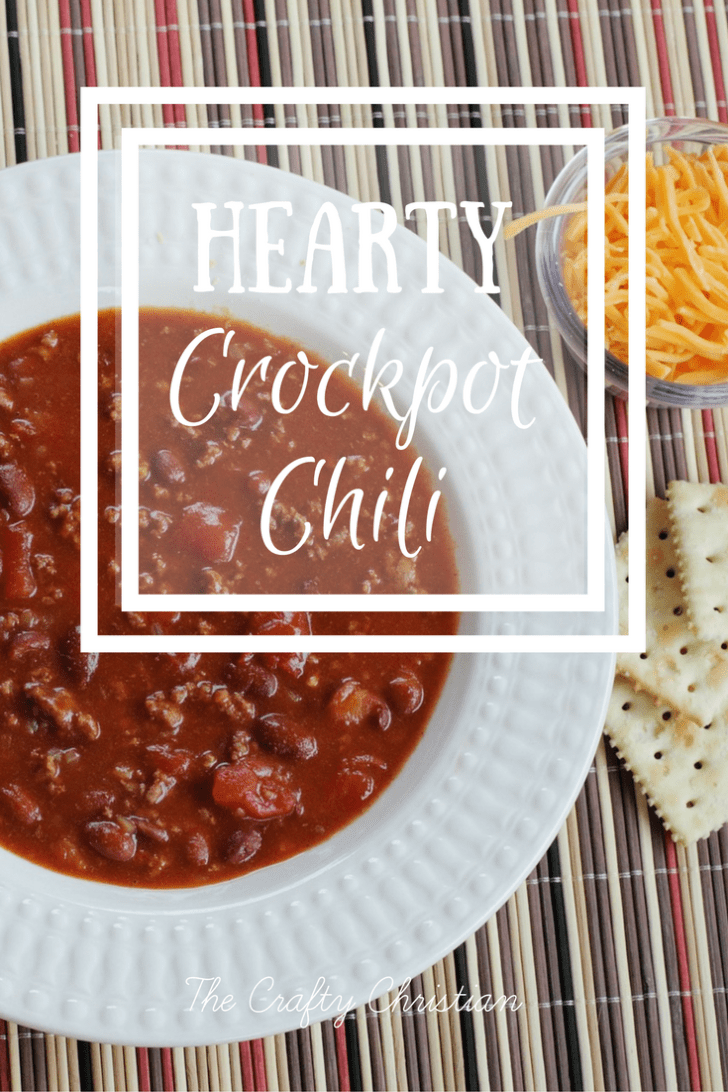 Hearty Crockpot Chili {Recipe}