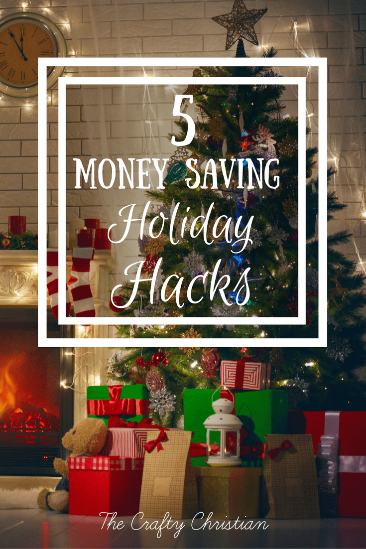 We all know about setting a holiday budget, but how do we stick to it? Here are 5 money saving holiday hacks to stretch your dollars!